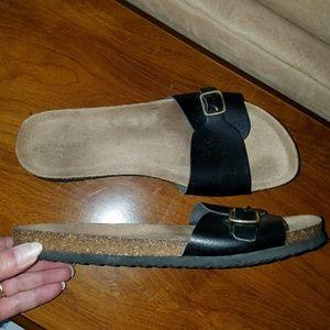 Old Navy Cork Slip Ons.size 10